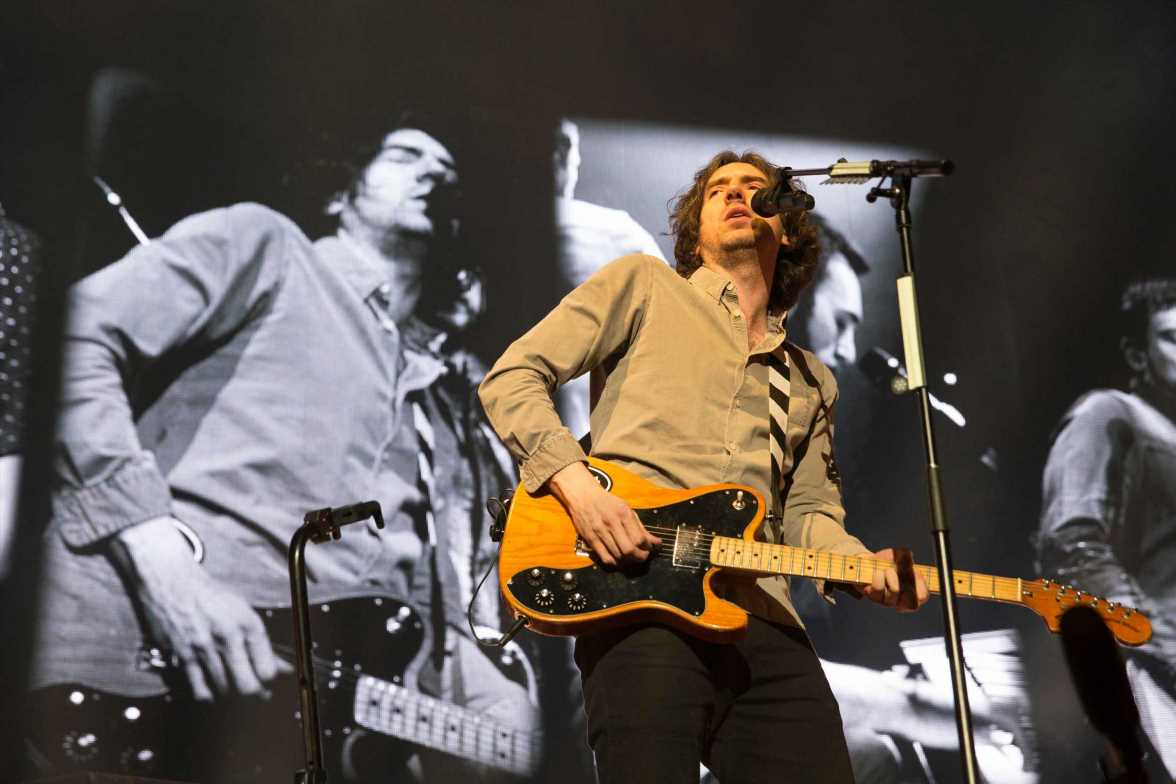 Snow Patrol Mark 25th Anniversary With New Song 'Time Won't Go Slowly'