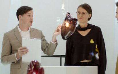 A reality show about glass blowing? Bring it on