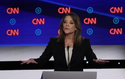 Marianne Williamson Reiterates Support for Reparations at Debate (Video)