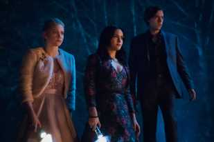 'Riverdale' Season 4: They're Finally Doing a Halloween Episode, Jughead's Going to Prep School