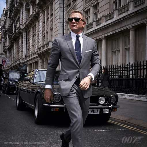'Bond 25' Image Offers First Look at Daniel Craig With Classic Aston Martin, Shooting Update in London
