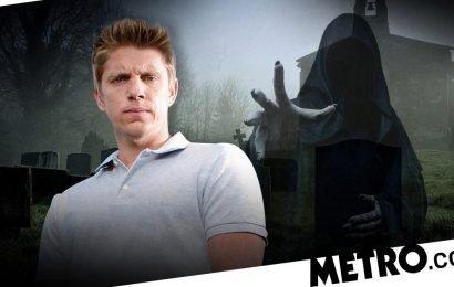 Robert kills Victoria's rapist after his sick demand in Emmerdale?