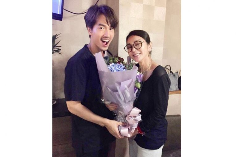 Actor Jerry Yan brightens up for actress Chen Mei-fen