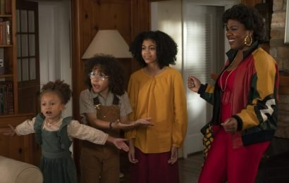 'Mixed-ish': Mariah Carey Has Shown Interest In Appearing On 'Black-ish' Spinoff That Explores Unexplored Biracial Experience – TCA