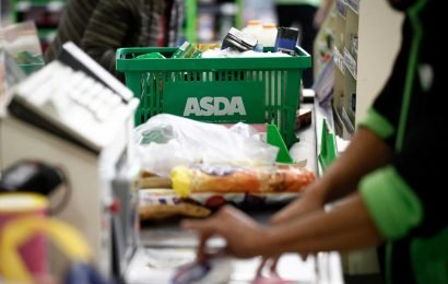 Thousands of Asda workers must sign contracts cutting holiday allowances and paid breaks or face the sack
