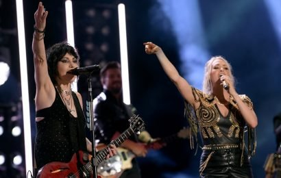 Carrie Underwood and Joan Jett Deliver a Dynamic Country-Rock Set at the CMA Fest