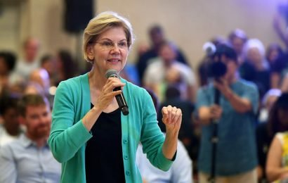 Elizabeth Warren Is The Most Popular Candidate For People Who Donate To Multiple Candidates