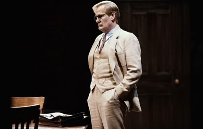 'To Kill a Mockingbird' Broadway Performance Ends Early After Vehicle Backfire Mistaken for Gunshot, Actor Says