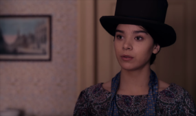 'Dickinson' Trailer: Hailee Steinfeld Is About to Make Em Dashes Cool in Apple TV+ Series