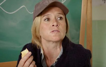 Samantha Bee spoofs Jaws, plots to take down Trump in Full Frontal clip