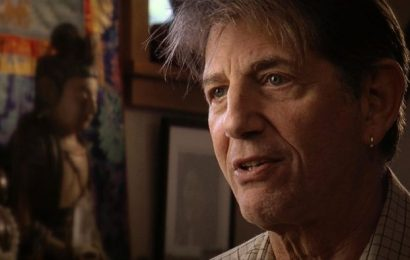 Peter Coyote Riffs on 'Country Music' and How He Admires and Challenges Ken Burns