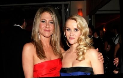 Jennifer Aniston and Reese Witherspoon Reenacted This Iconic Scene From 'Friends'