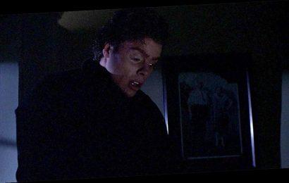 Woman finds husband hilariously terrorizing neighborhood in Michael Myers costume