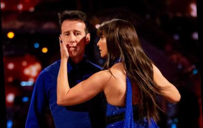 What time is Strictly Come Dancing 2019 on tonight?