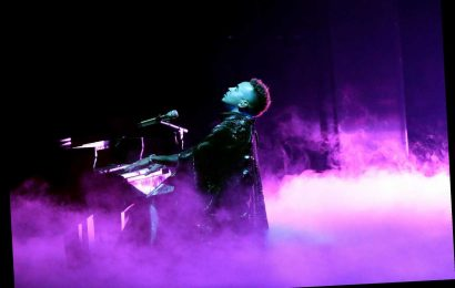 See Ozuna's Tender 'Amor Genuino' at Latin Grammys