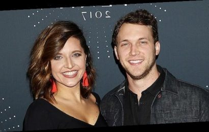 'American Idol' Winner Phillip Phillips & Wife Hannah Welcome 1st Child — See Pic Of Baby Boy