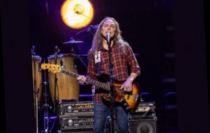 Eagles Bassist Timothy B. Schmit Drops 'The Good Fight' Featuring Sheryl Crow