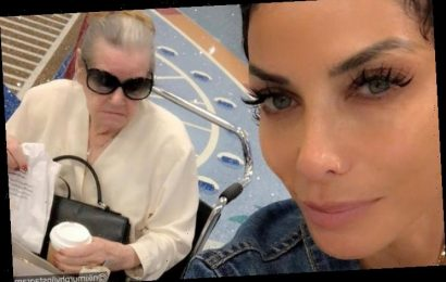 Nicole Murphy Mourns Death of Her Mother in Emotional Posts