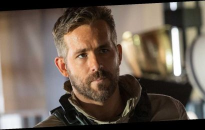 Ryan Reynolds' New Netflix Movie Includes a Pretty Great Goof