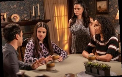 Charmed EPs Break Down Fall Finale's Biggest Twists: [Spoiler]'s New Power, That Jaw-Dropping Kiss and More