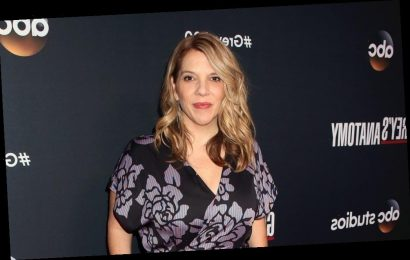 'Grey's Anatomy' Showrunner Krista Vernoff Sounds Off On 2020 Golden Globe Nominations