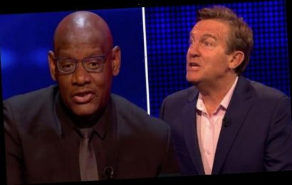 The Chase: 'It's in the question' Fans in uproar as Chaser given 'easy' questions