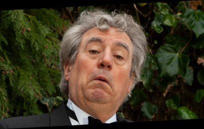 'Monty Python' Cofounder Terry Jones Dead at 77