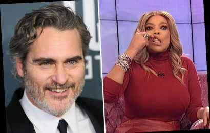 Wendy Williams issues apology after mocking Joaquin Phoenix's 'cleft lip' surgery scar following backlash