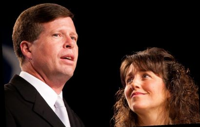 'Counting On': Fans Think It's Weird How Duggar Wives Gaze Adoringly At Their Husbands All the Time