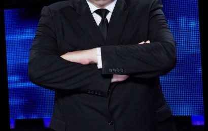 The Chase's Mark 'The Beast' Labbett blasts new chaser saying he fears his screen time will be cut and his pay will drop – The Sun