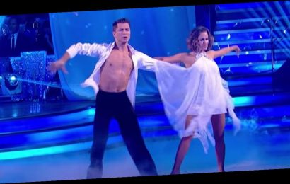 Caroline Flack fans leave tributes on star's emotional Strictly 'Angels' dance