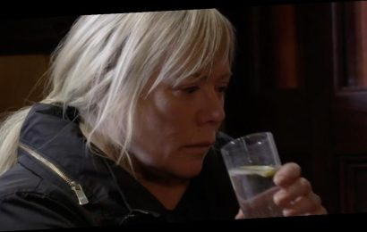 EastEnders' Sharon Mitchell emotional scene marred by awkward editing fail