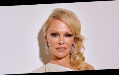 Pamela Anderson hits back at ex Jon Peters' money claims, plus more news