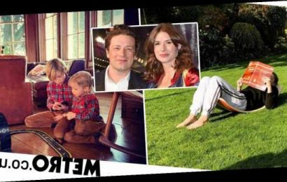 Inside Jamie Oliver's cosy £6m country house where he's self-isolating