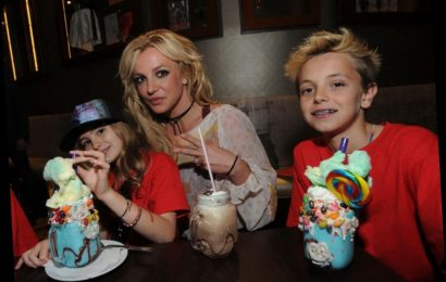 Britney Spears' Son Says She May 'Quit' & Isn't Sure If She's 'Controlled'