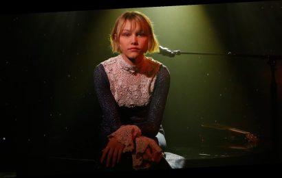 Grace VanderWaal Celebrates 'Stargirl' Release With 'Today & Tomorrow' Performance – Watch!