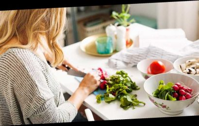 How Switching Up Your Diet and Daily Routine Could Help Fight Off Sickness