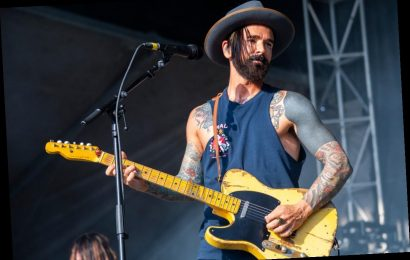 Dashboard Confessional's Chris Carraba: Listen to Scientists, Not the President