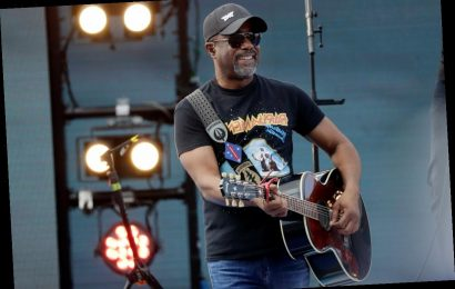Hear Hootie and the Blowfish Cover R.E.M.'s 'Losing My Religion'