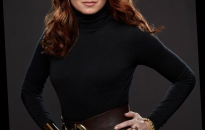 Debra Messing Says She's Constantly Asked If She'd Do a Smash Reboot: 'If It's in New York, I'm In!'