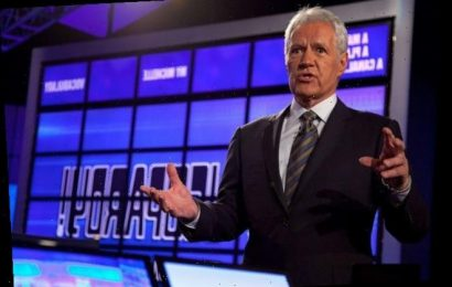 'Jeopardy!': 2 of the Meanest Things Alex Trebek's Ever Said to Contestants