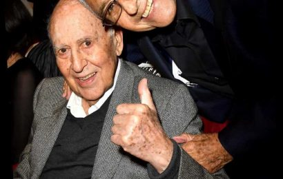 Producer George Shapiro Says Late Carl Reiner 'Didn't Suffer': 'Everybody Wants to Go That Way'
