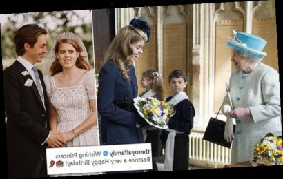 The Queen leads well-wishersfor Princess Beatrice as she turns 32