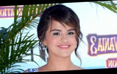 Selena Gomez Gets Distracted on Cooking Show After Call From 'Cute Boy'