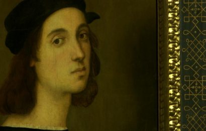 Raphael did a nose-job in self-portrait, face reconstruction suggests