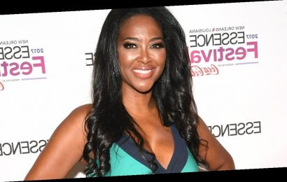 Kenya Moore Says 'Love the Skin You're In' as She Celebrates 25 Pound Weight Gain