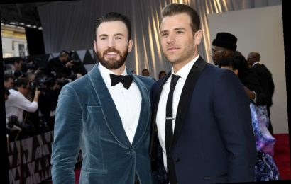 Chris Evans' Brother Scott Had The Best Reaction to His Accidental Nude Photo Leak