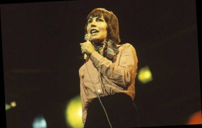 'I Am Woman': How Helen Reddy's Feminist Anthem Quietly Changed Pop