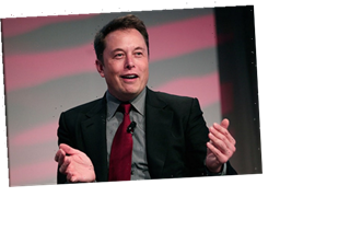 Tesla, Facebook Drop as Tech Selloff Continues on Wall Street