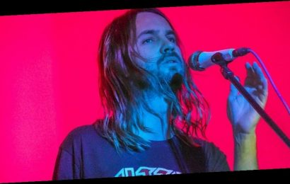 "Watch Tame Impala Perform ""Borderline"" on 'Jimmy Fallon'"
